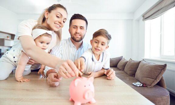 Cách tiết kiệm tiền trong gia đình