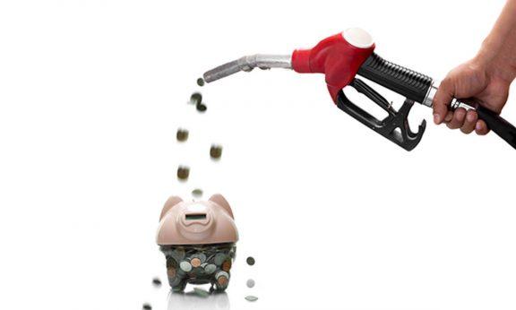 Cách tiết kiệm xăng khi đi xe máy
